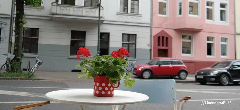 Lindenstraße-UM-DIE-ECKE